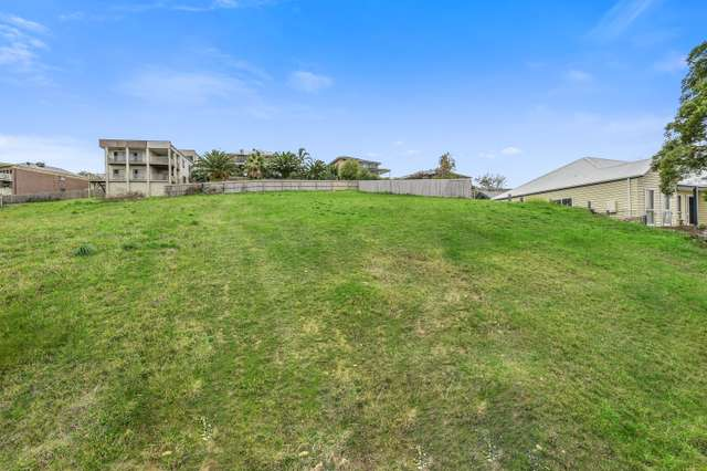 38B Portchester Boulevard, Beaconsfield VIC 3807
