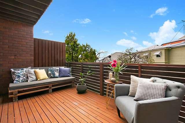 2/28 Bramston Terrace, Herston QLD 4006