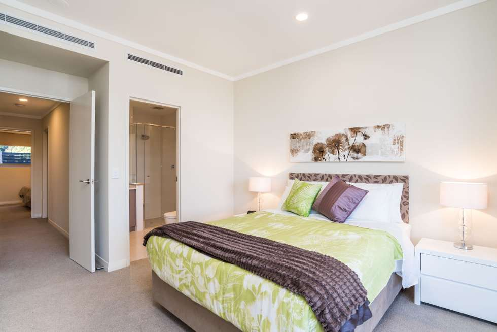 Fourth view of Homely house listing, 1/21 Queens Road, Mount Pleasant WA 6153