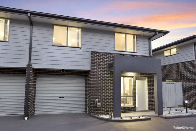 3/111 Canberra Street, Oxley Park NSW 2760