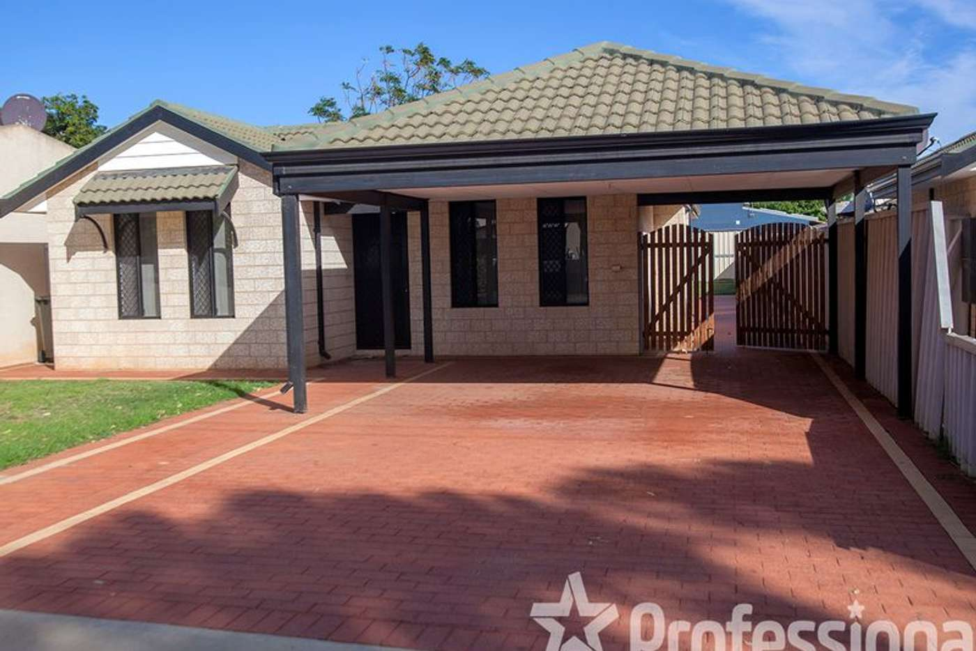 Main view of Homely house listing, 61 Central Road, Wonthella WA 6530