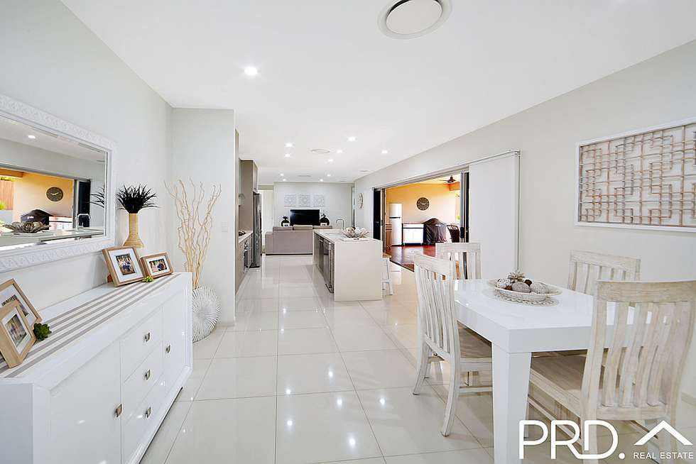 Second view of Homely house listing, 3 Jasmine Court, Kalkie QLD 4670