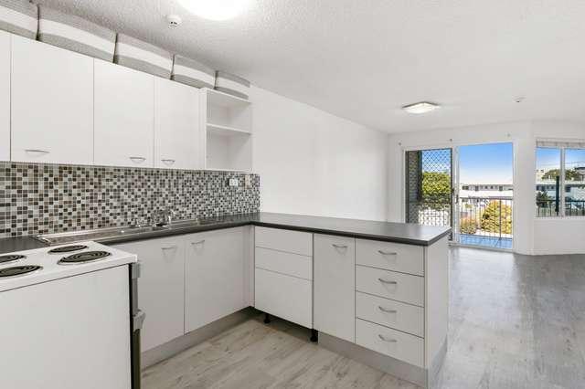 2/1 Saltair Street, Kings Beach QLD 4551