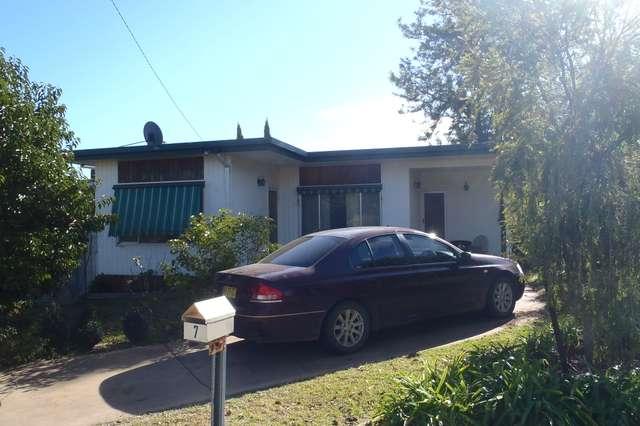 7 Drummond Street, Leeton NSW 2705
