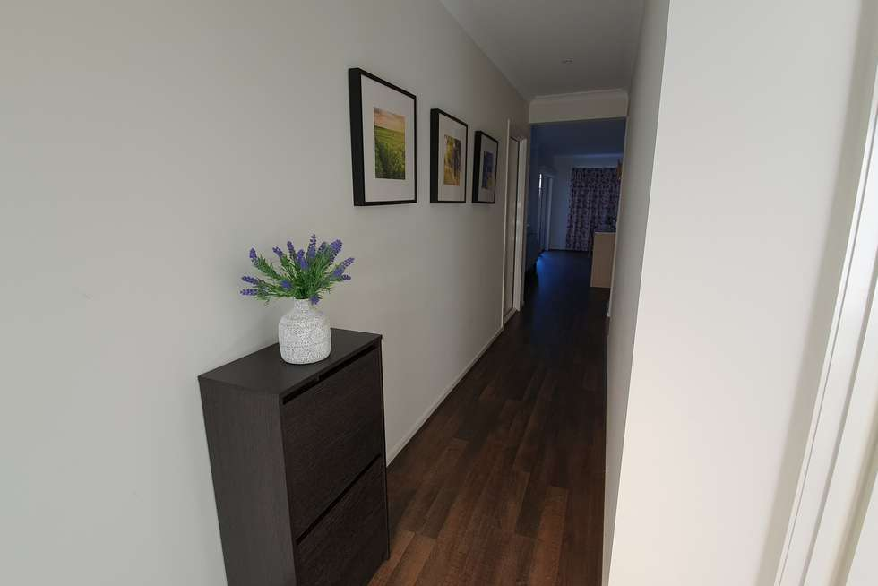 Second view of Homely house listing, 10 Cromarty Crescent, Kalkallo VIC 3064