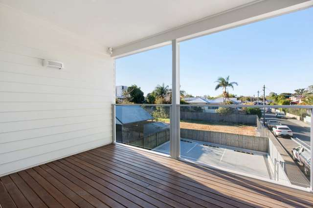 2/90 Old Cleveland Road, Coorparoo QLD 4151