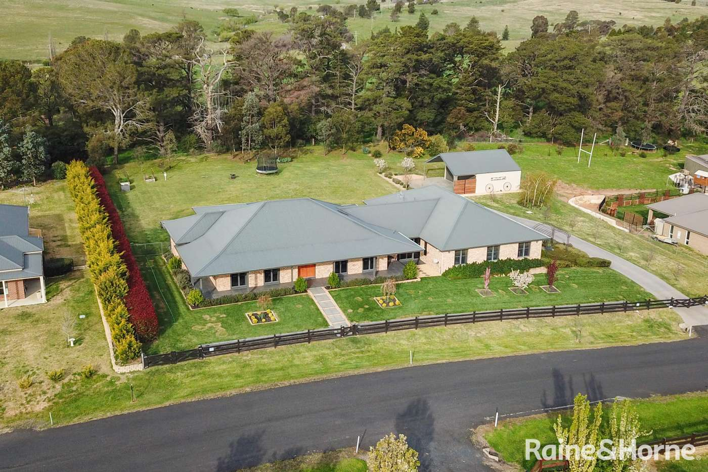 Main view of Homely house listing, 37 Ridgeview Close, White Rock NSW 2795
