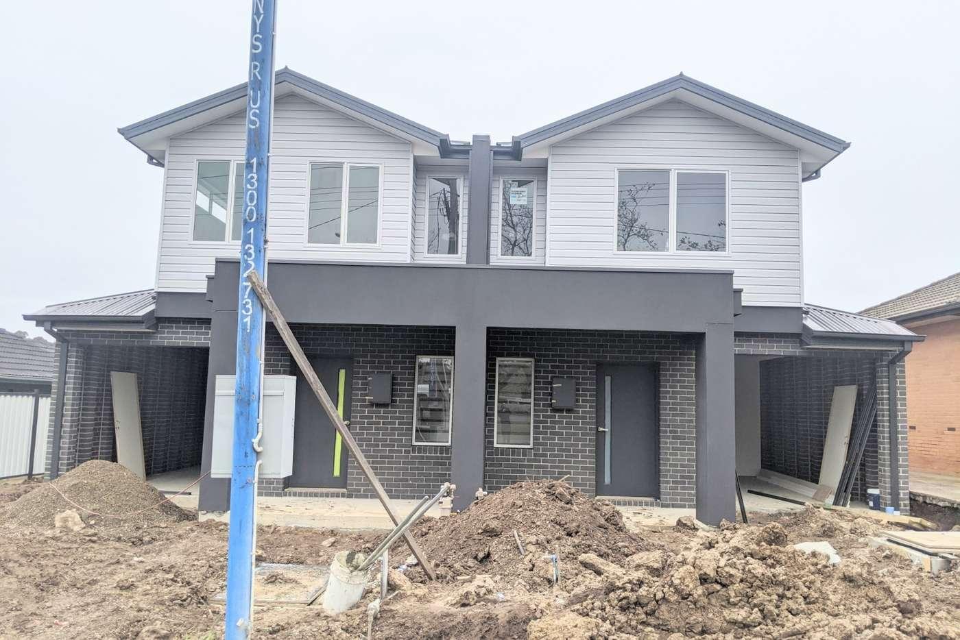 Main view of Homely unit listing, 2/76 Macedon Street, Sunbury VIC 3429