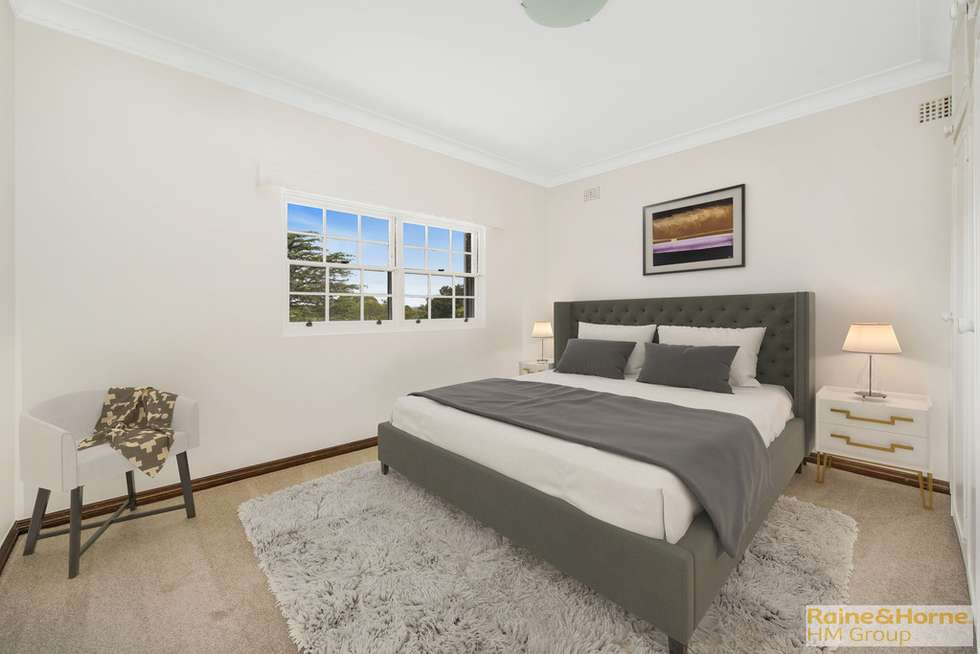 Third view of Homely apartment listing, 10/11-17 Selwyn Street, Wollstonecraft NSW 2065