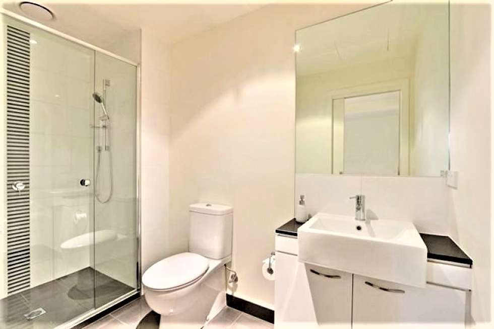 Fifth view of Homely apartment listing, 26/109 Manningham Street, Parkville VIC 3052
