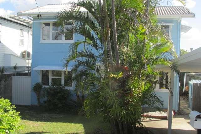 18 PETREL AVENUE, Mermaid Beach QLD 4218