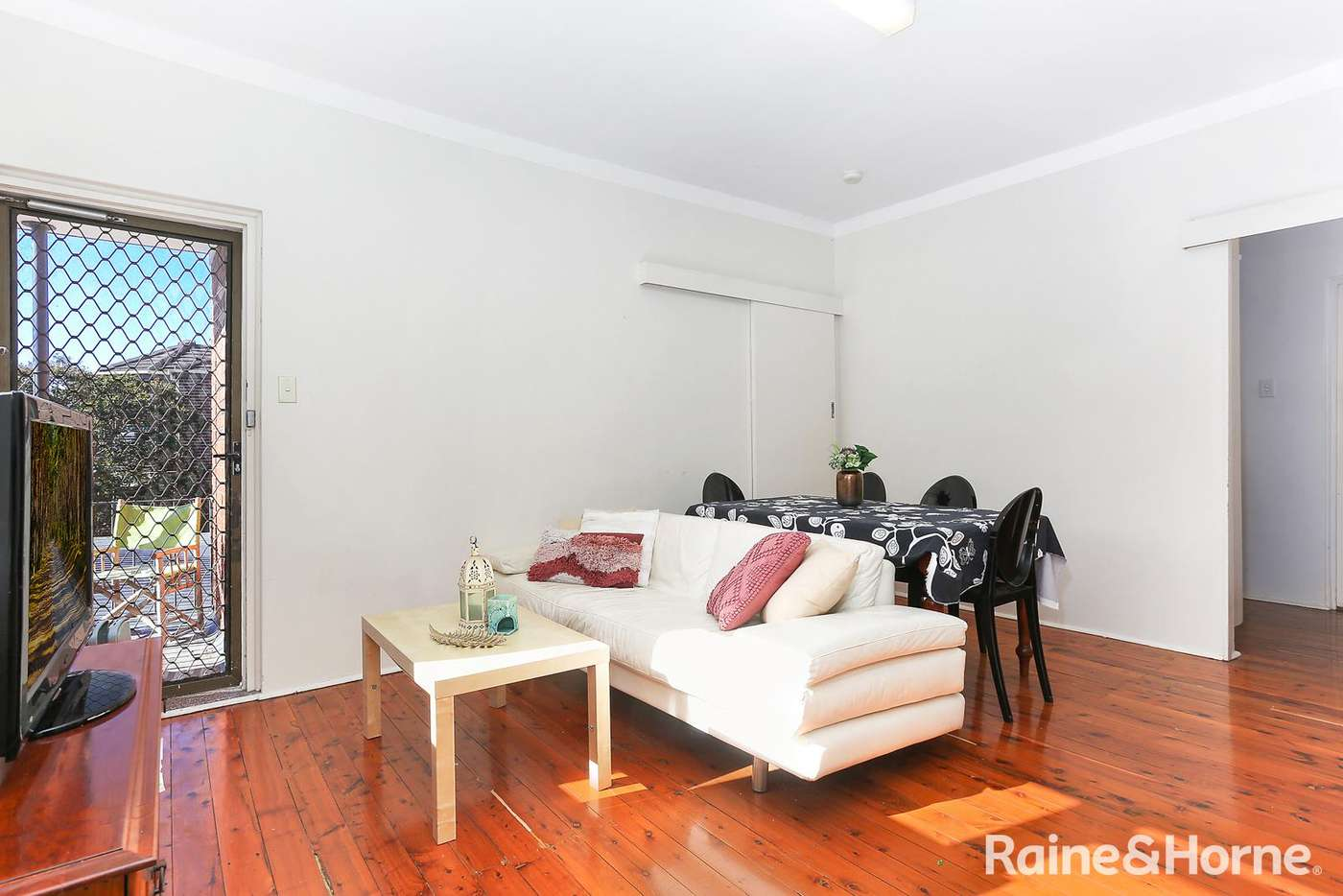 Main view of Homely unit listing, 4/10 Elsmere Street, Kensington NSW 2033
