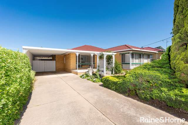50 Walana Crescent, Kooringal NSW 2650