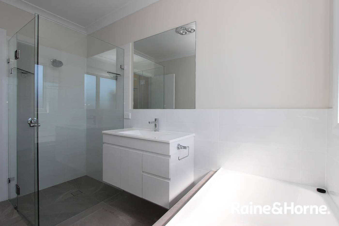 Seventh view of Homely villa listing, 12a Isaacs St, Bathurst NSW 2795