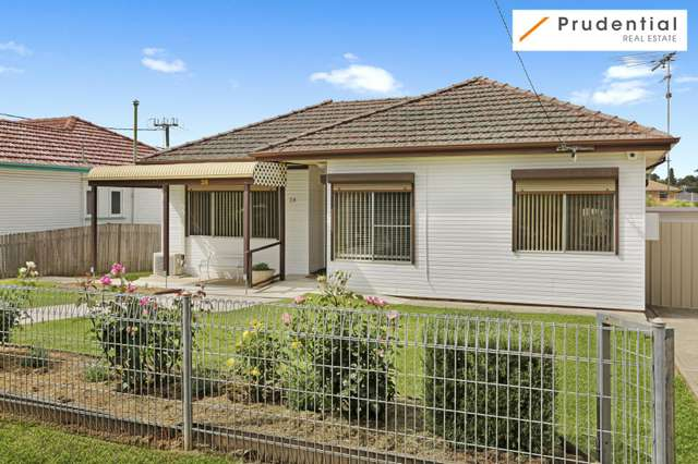 28 Bradbury Avenue, Campbelltown NSW 2560