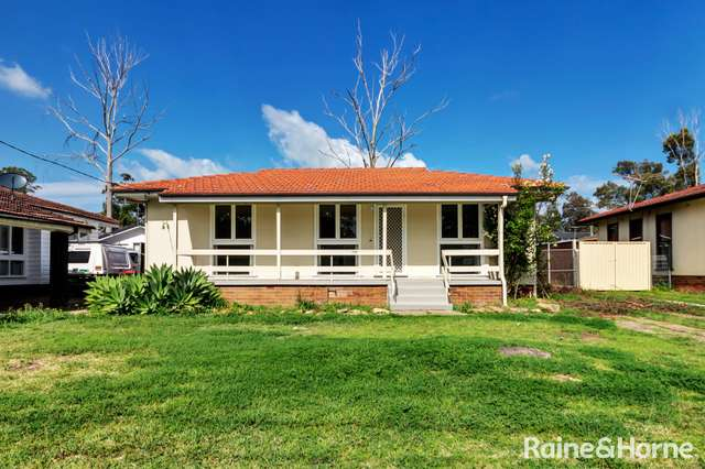240 Woodstock Avenue, Whalan NSW 2770