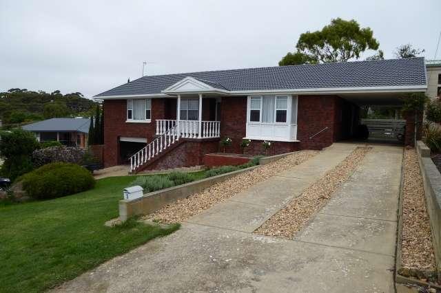3 Lorraine Ave, Port Lincoln SA 5606