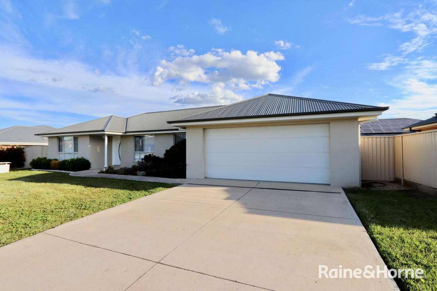Main view of Homely house listing, 4 Icely St, Bathurst NSW 2795