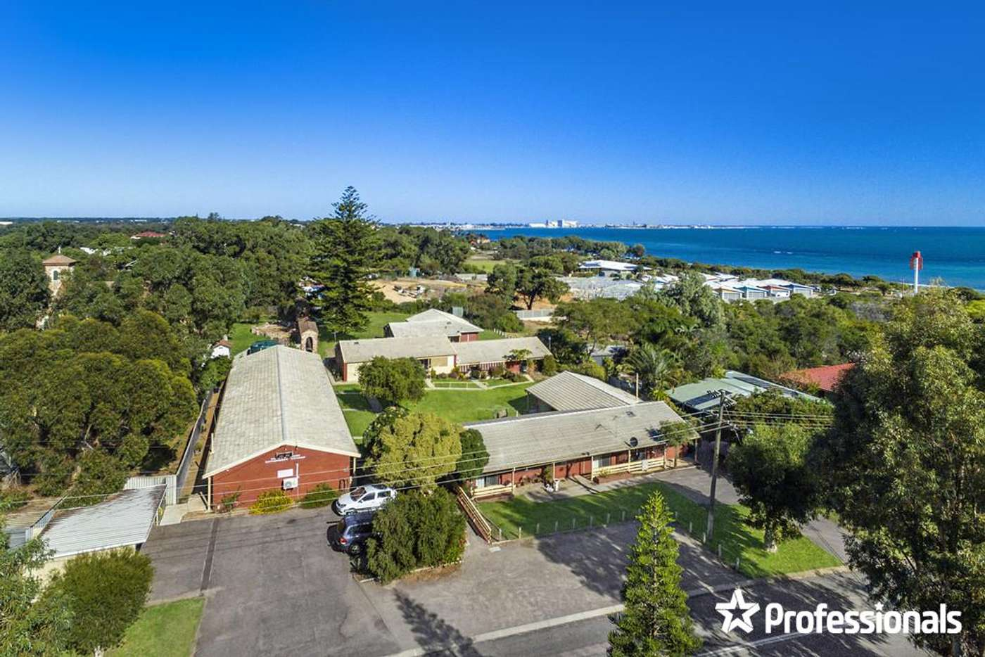 Sixth view of Homely unit listing, 1/11-13 Elphick Avenue, Bluff Point WA 6530