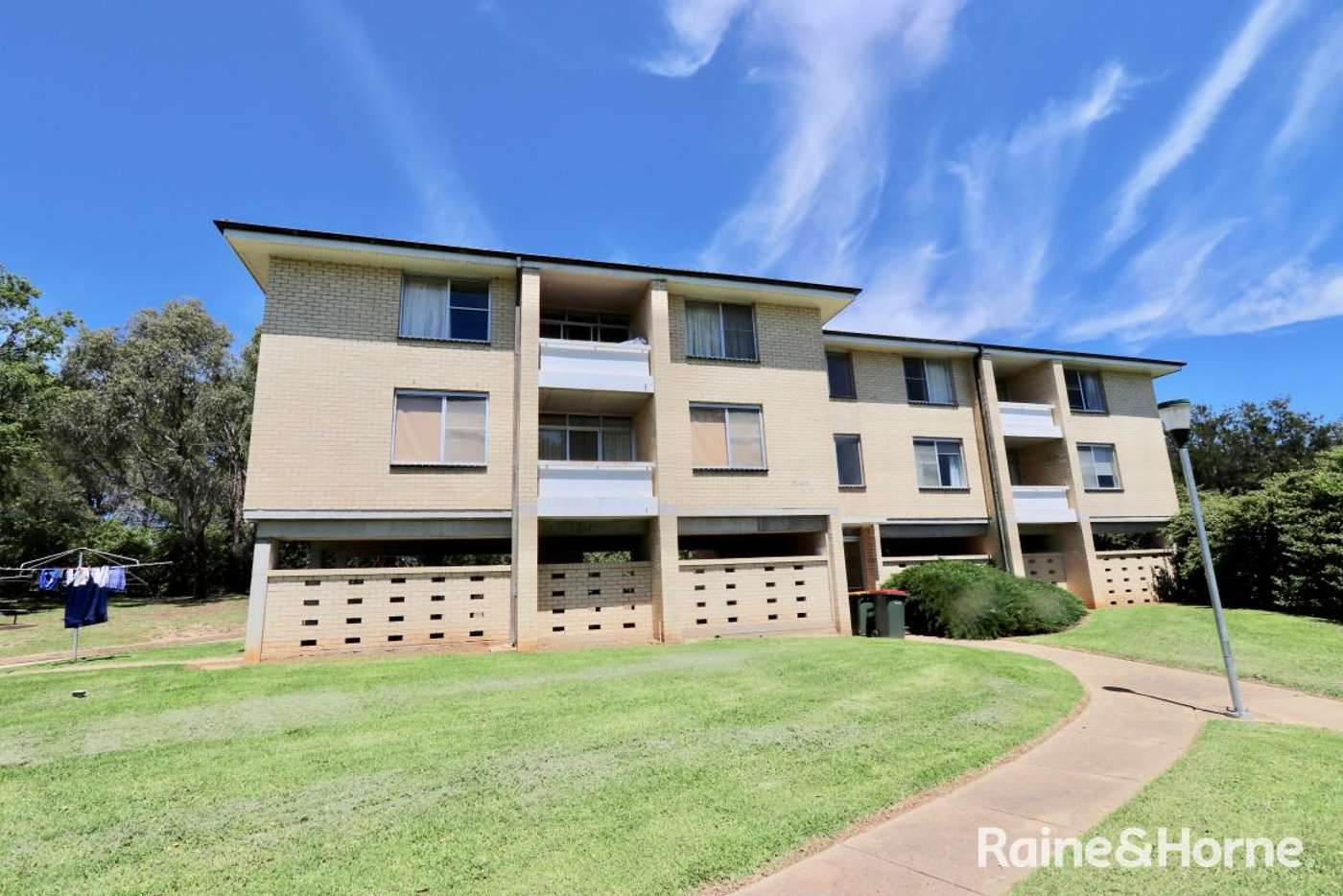 Main view of Homely unit listing, 14/14 Griffin, Bathurst NSW 2795