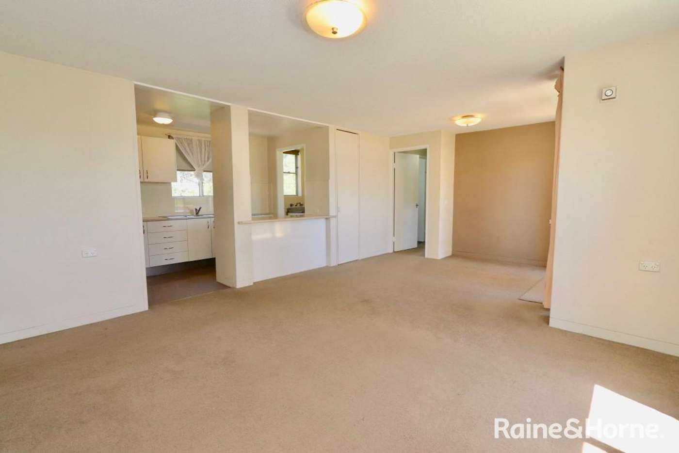 Sixth view of Homely unit listing, 14/14 Griffin, Bathurst NSW 2795