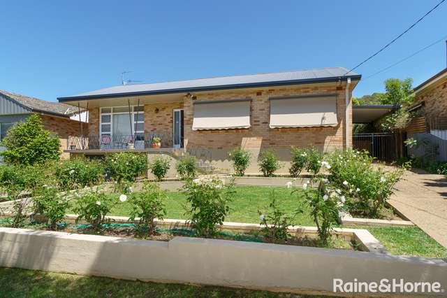 68 Grove Street, Kooringal NSW 2650