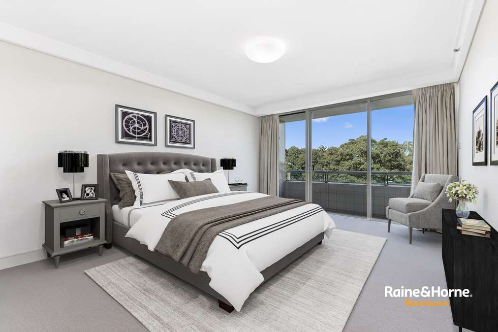 Third view of Homely unit listing, 74/1 Macquarie Street, Sydney NSW 2000