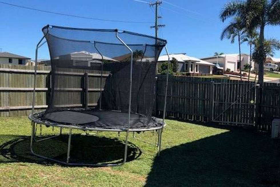 Fifth view of Homely house listing, 2 Aleta Court, Avoca QLD 4670