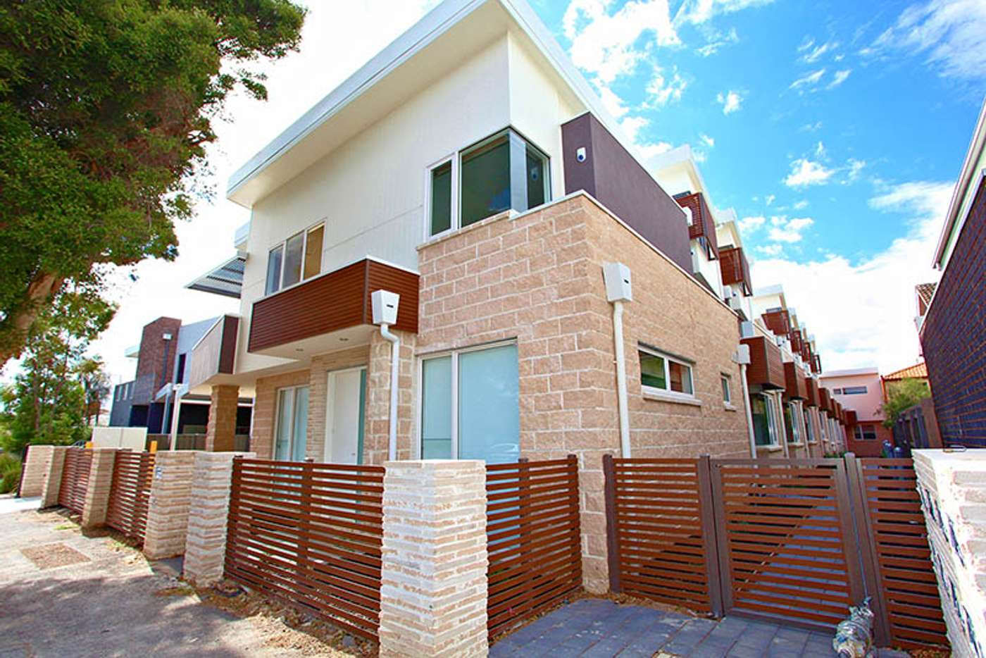 Main view of Homely apartment listing, 7/2 Cumming Street, Brunswick VIC 3056