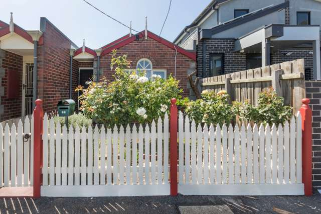 5B Holloway Street, Brunswick VIC 3056