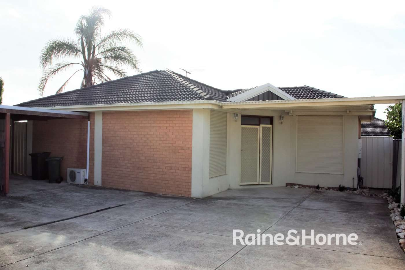 Main view of Homely unit listing, 2/20 McRae Avenue, St Albans VIC 3021