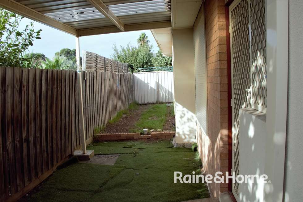 Fifth view of Homely unit listing, 2/20 McRae Avenue, St Albans VIC 3021