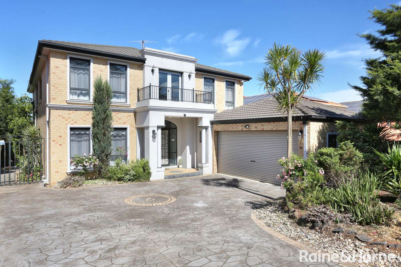 Main view of Homely house listing, 10 The Ridge, Roxburgh Park VIC 3064