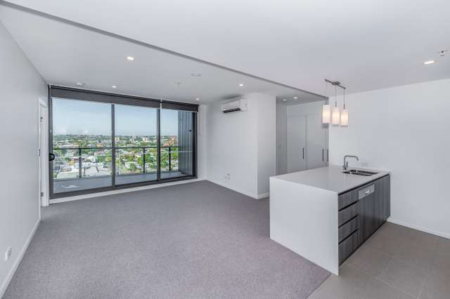 31008/300 Old Cleveland Road, Coorparoo QLD 4151