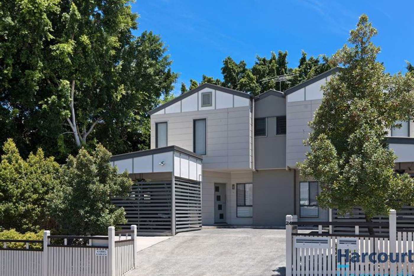 Main view of Homely house listing, 1/24 Henry Street, Woolloongabba QLD 4102