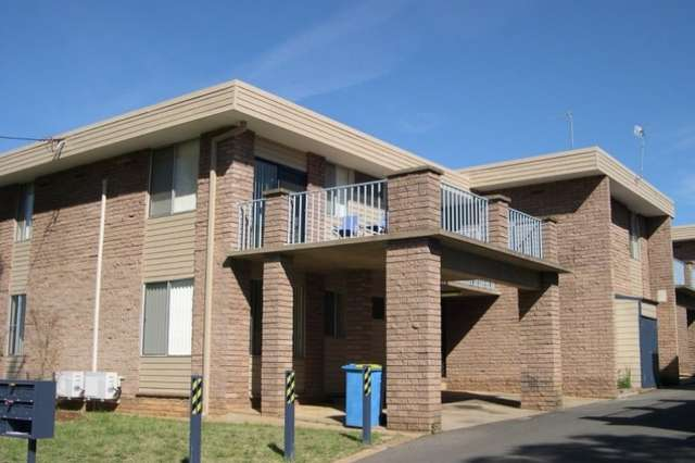 10/1 Joyes Place, Tolland NSW 2650