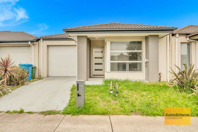 34 Haflinger Avenue, Clyde North VIC 3978