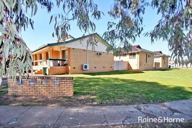 1/3 Joyes Place, Tolland NSW 2650