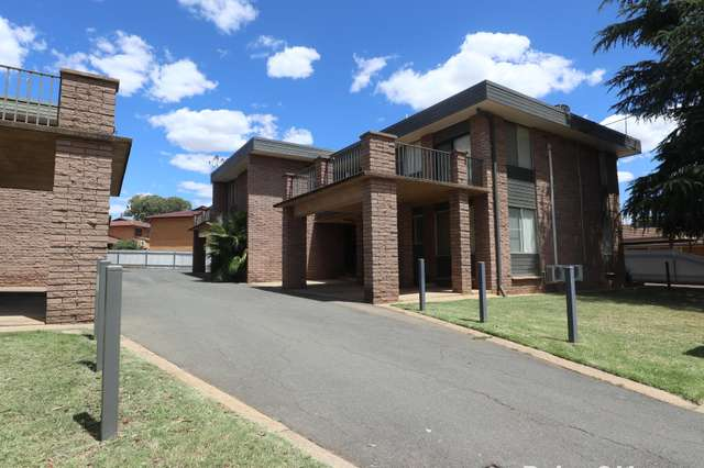 8/1a Joyes Place, Tolland NSW 2650