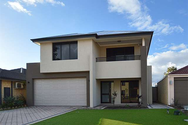 22 Kingsway Gardens, Canning Vale WA 6155