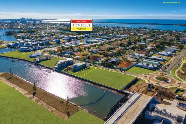 90 Marina View Drive, Pelican Waters QLD 4551