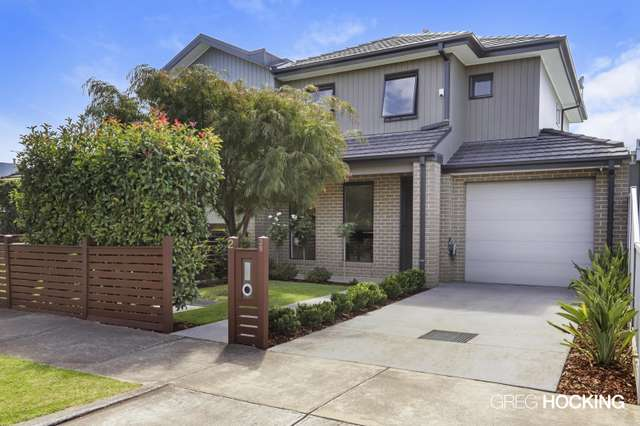 2/39 New Street, South Kingsville VIC 3015