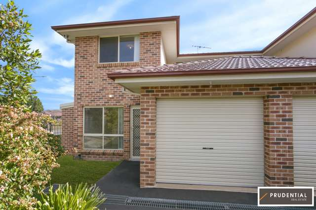 7/4 Feldspar Road, Eagle Vale NSW 2558