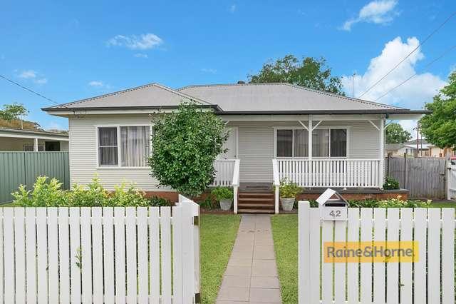 42 Dunban Road, Woy Woy NSW 2256