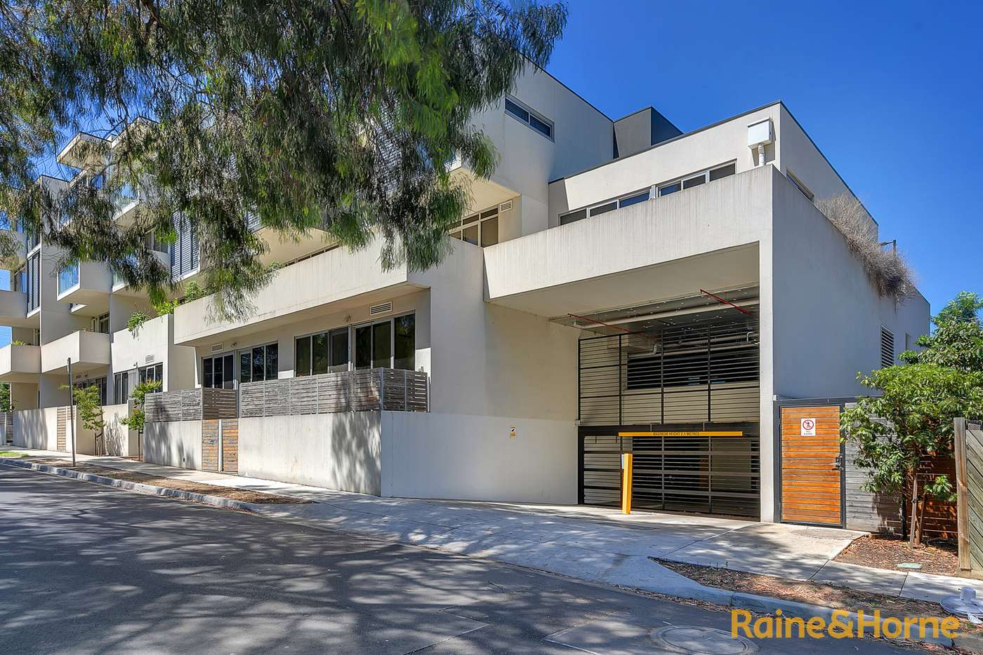 Main view of Homely apartment listing, 101/264 Waterdale Road, Ivanhoe VIC 3079