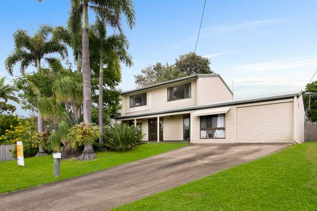 17 Lake View Drive, Thornlands QLD 4164