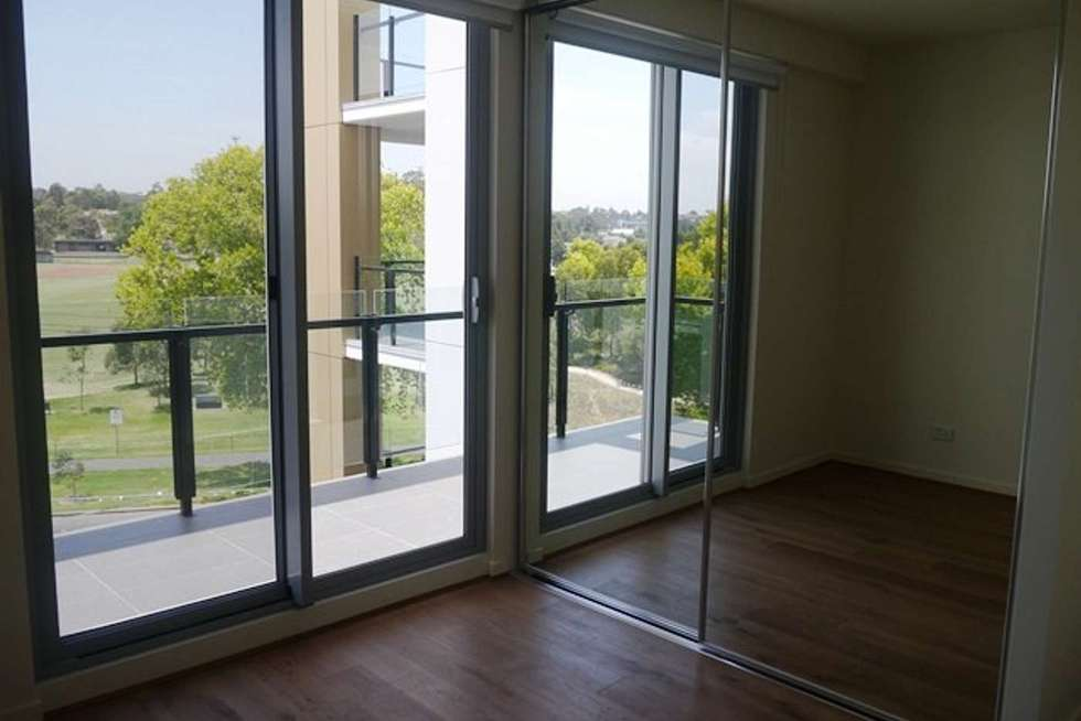 Fourth view of Homely apartment listing, 401/109 Manningham Street, Parkville VIC 3052