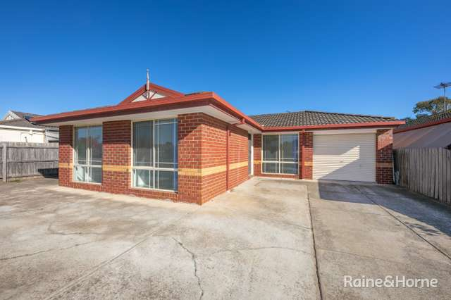 18 Fremantle Road, Sunbury VIC 3429