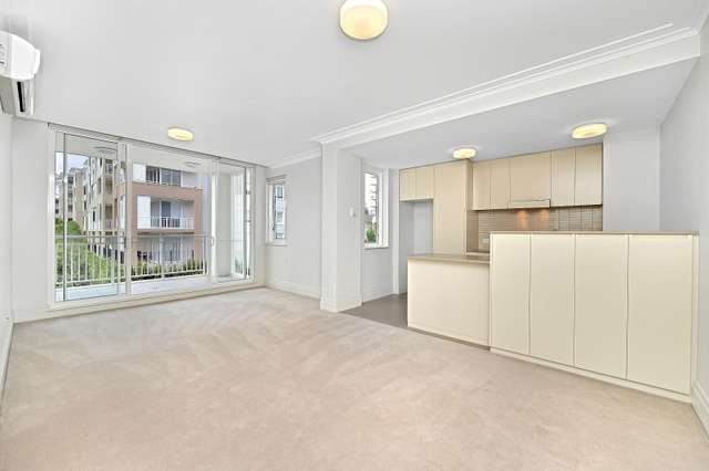 301/4 Rosewater Circuit, Breakfast Point NSW 2137