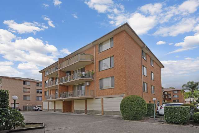 12/2 Riverpark Drive, Liverpool NSW 2170